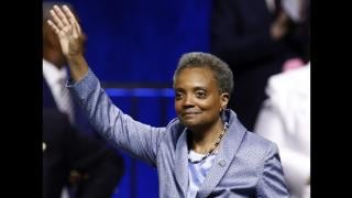 Chicago Mayor Lori Lightfoot waves after being sworn in during her inauguration ceremony Monday, May 20, 2019. (AP Photo / Jim Young)