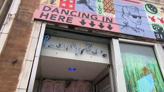 Beauty Bar in Chicago's West Town neighborhood. (WTTW News)