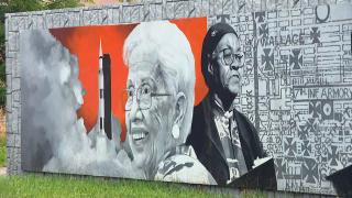 """Renderings of Katherine Johnson and Gwendolyn Brooks are captured in part of Bronzeville's """"Renaissance Mural."""" (WTTW News)"""