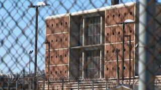 The Cook County Jail in Chicago. (WTTW News)