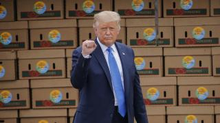 "President Donald Trump arrives to speak about the ""Farmers to Families Food Box Program"" at Flavor First Growers and Packers, Monday, Aug. 24, 2020, in Mills River, N.C. (AP Photo / Nell Redmond)"