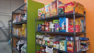 A food pantry in Woodridge. (WTTW News)