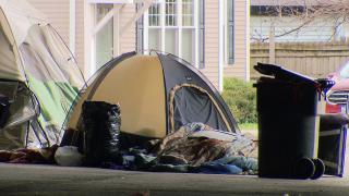 A homeless encampment in Chicago. (WTTW News)