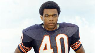 This is a 1970 file photo showing Chicago Bears football player Gale Sayers. (AP Photo / File)