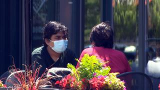 People dine out in Chicago on June 1, 2021. (WTTW News)