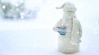 Chicago is looking for creative ways to extend outdoor dining into winter. (JillWellington / Pixabay)