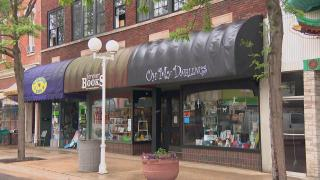 Small businesses in St. Joseph, Michigan. (WTTW News)