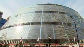Rauner, Emanuel Butt Heads Over Thompson Center Plans