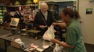 Does Chicago's Plastic Bag Ban Carry Real Weight?