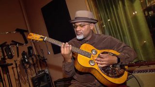 CTA Bus Driver Moonlights as Chicago Bluesman