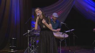 Turkish Singer Performs Traditional Music of the Black Sea