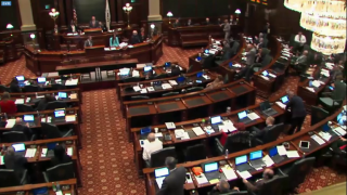 Lawmakers Return to Springfield, Budget Crisis Looms