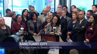 Mayor: Chicago to Remain a Sanctuary City for Immigrants