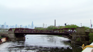 An Exclusive Bridge Club: Chicago's River Bridges Turn 100