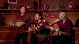 Saffron Caravan Uses Music to Build Bridges Between Cultures