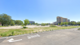 The vacant land near Higgins Road and Cumberland Avenue that GlenStar wants to transform into a 297-apartment complex. (Credit: Google Maps)