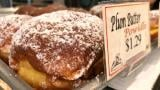 Classic plum butter paczki at Kolatek's Bakery. (Patty Wetli / WTTW)