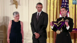 Chicagoan Receives National Medal of Arts