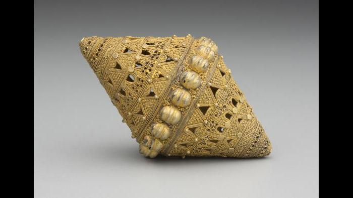 Fulani, Senegal,Bead, 19th-20thCentury, gold filigree.DetroitInstitute of Arts, Founders Society Purchase, Eleanor Clay Ford Fund for African Art, 77.10.