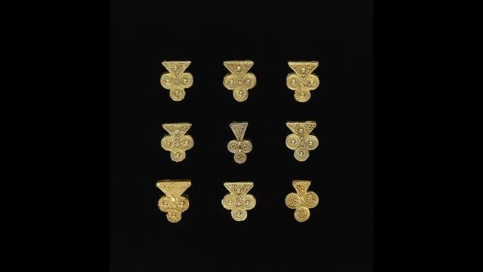 Gold Jewelry Ornaments, Tukulor artist, Mauritania, Late -early 20th century, Gold alloy, Gift of the Roy and Brigitta Mitchell Collection, Photograph by Franko Khoury, National Museum of African Art, Smithsonian Institution