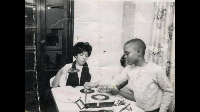 Spinning 45s in my mom's house. (Courtesy L.A. Reid)