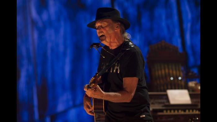 Neil Young (© Paul Natkin/Photo Reserve, Inc.)