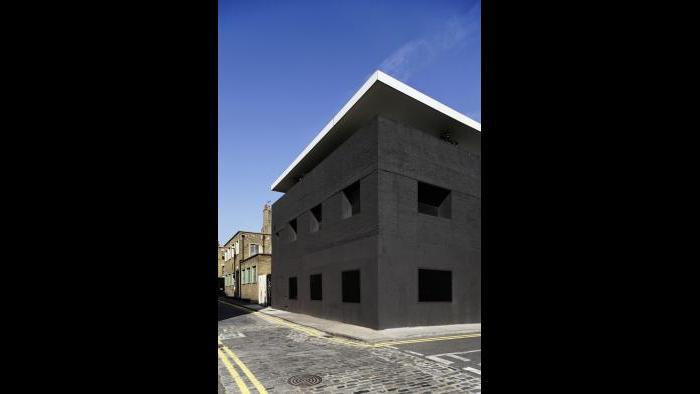 Dirty House, London, UK, 2002. © Ed Sumner, Courtesy of Adjaye Associates.