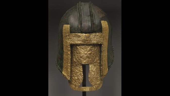 Helmet (Archaeological Museum of Pella)