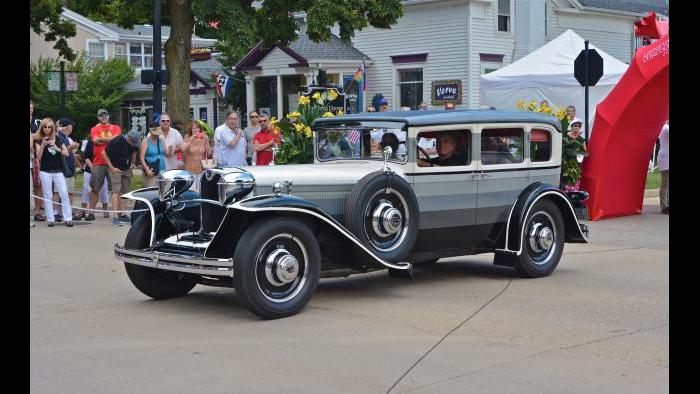 Chicago Vintage Motor Carriage's 1932 Ruxton at the Geneva Concours d'Elegance. (Credit: Bill Ficht)