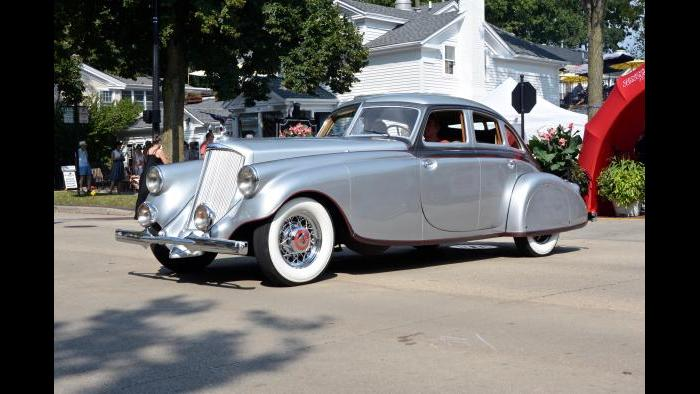 Chicago Vintage Motor Carriage's 1933 Pierce Arrow-Silver Arrow at the Geneva Concours d'Elegance. (Credit: Bill Ficht)