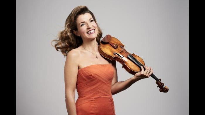 Anne-Sophie Mutter (Credit: Bastian Achard)