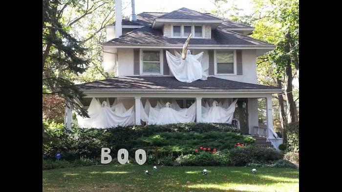This spooky house is located in Western Springs. (Sean Keenehan)