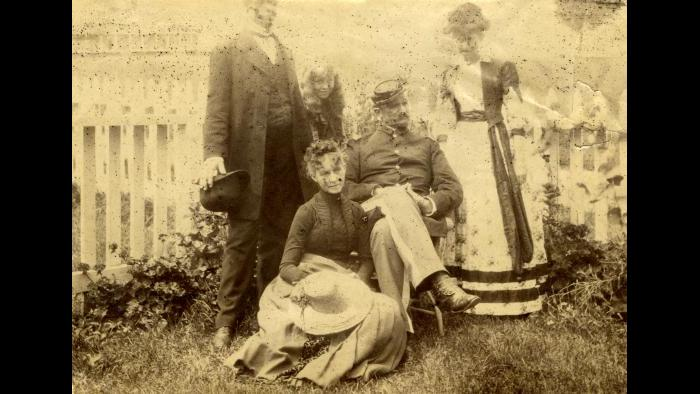 This is the only known photo of the entire Gilbreath family. (Courtesy Pritzker Military Museum)