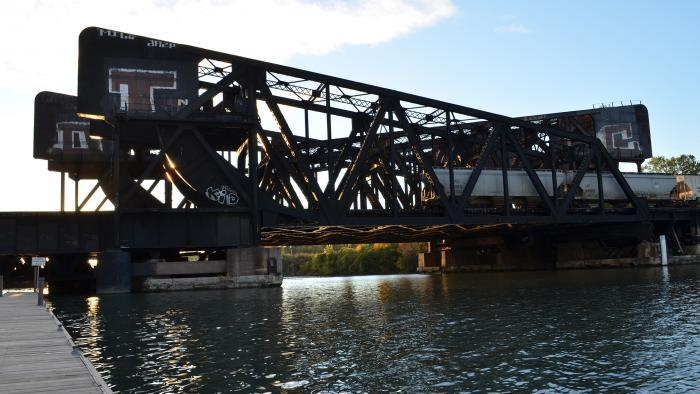 """(Courtesy of """"Chicago River Bridges"""" by Patrick McBriarty)"""