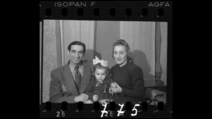 A ghetto family [Jakob Stopnicki, with daughter Krysia and wife Tania (nee Biderman)], 1940-1944. (Courtesy of the Art Gallery of Ontario, Gift of the Archive of Modern Conflict)