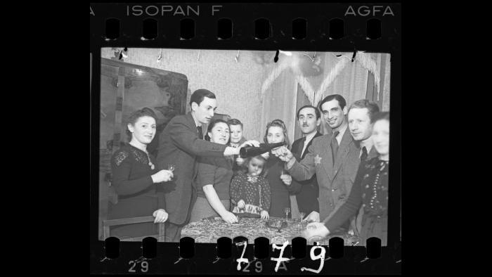 A family gathering [with Jakob Stopnicki, daughter Krysia and wife Tania (nee Biderman)], 1940-1944. (Courtesy of the Art Gallery of Ontario, Gift of the Archive of Modern Conflict)
