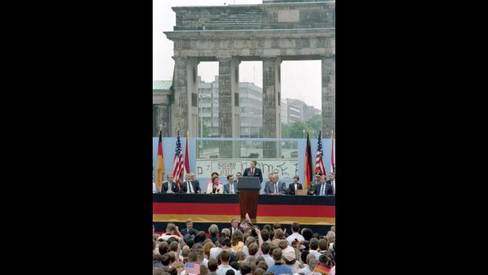 """Mr. Gorbachev, tear down this wall!"" Ronald Reagan speech at Brandenburg Gate, Berlin, June 12, 1987"