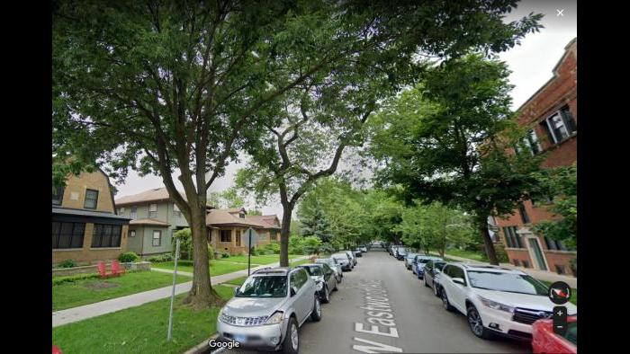 Ravenswood Manor's tree-lined streets. (Google Streetview)