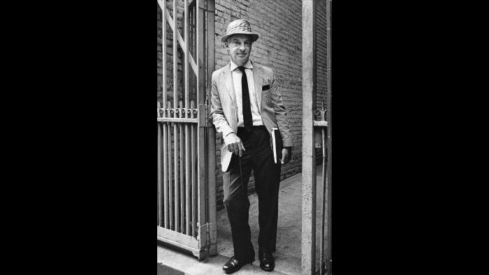 Bellow in NYC 1964 (Courtesy of Howard Gotfryd; photo by Bernard Gotfryd)
