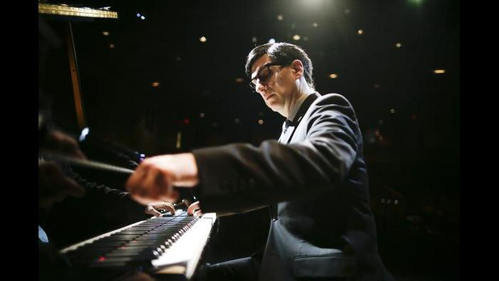 Hershey Felder as Irving Berlin. (Courtesy of Eighty-Eight Entertainment)