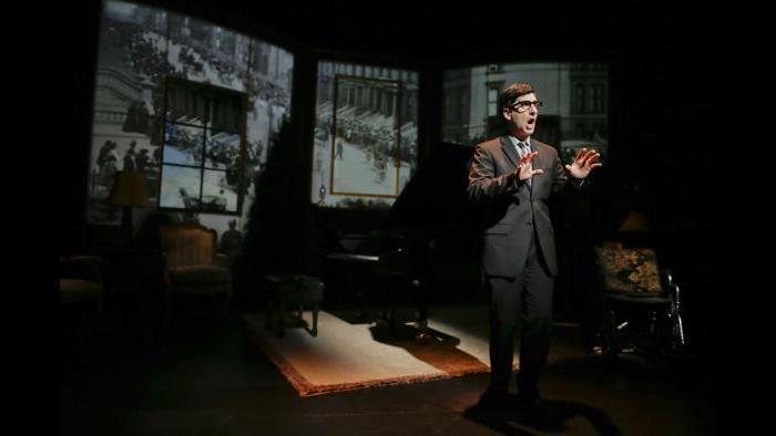Hershey Felder as Irving Berlin. (Courtesy of Eighty-Eight Entertainment)
