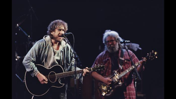 Bob Dylan and Jerry Garcia perform at Day on the Green in Oakland, California, 1987. (Courtesy of Ken Friedman)