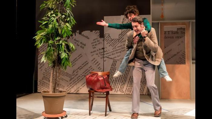 "Jackson Evans as Alan Zweibel and Dana Tretta as Gilda Radner in ""Bunny Bunny"" (Photo: Brett A. Beiner)"