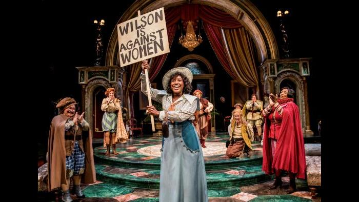 """Crystal Lucas-Perry in Chicago Shakespeare Theater's production of """"The Taming of the Shrew."""" Barbara Gaines directs. (Photo: Liz Lauren)"""