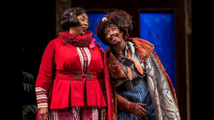 """Actors Crystal Lucas-Perry and E. Faye Butler in Chicago Shakespeare Theater's production of """"The Taming of the Shrew."""" Barbara Gaines directs. (Photo: Liz Lauren)"""