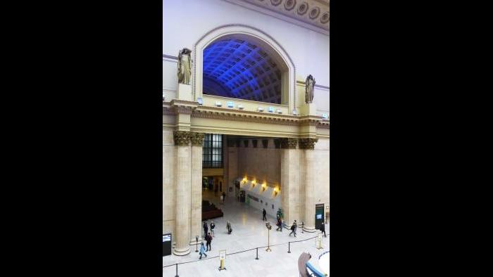 Ask Geoffrey: The Early (and Late) Birds of Union Station