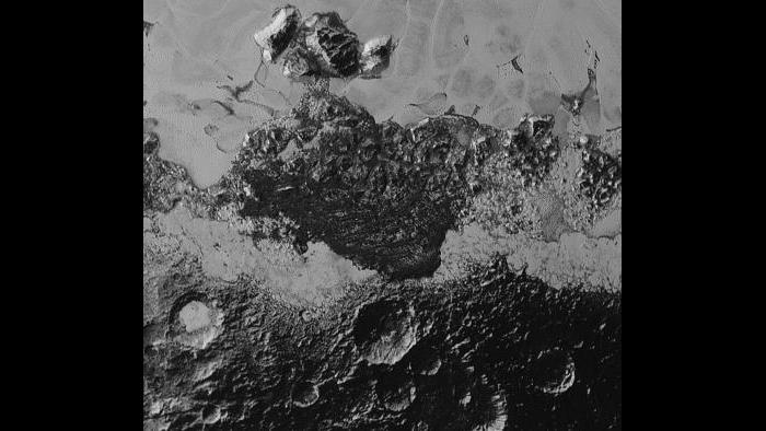 A closeup view of the surface of Pluto (NASA/Johns Hopkins University Applied Physics Laboratory/Southwest Research Institute)