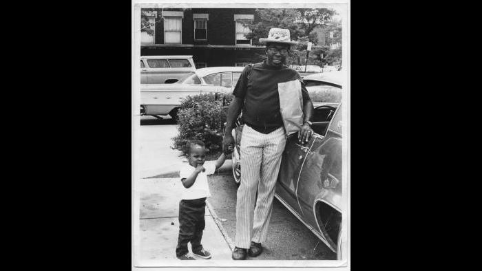 Curtis and Todd Mayfield, Chicago 1968. (Courtesy the author's collection)