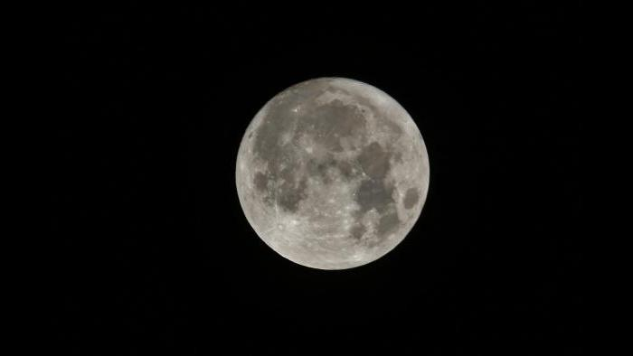 Photo by Debbie Garcy: Taken over my roof top in Orland park, IL at 12:09 AM on November 14, 2016