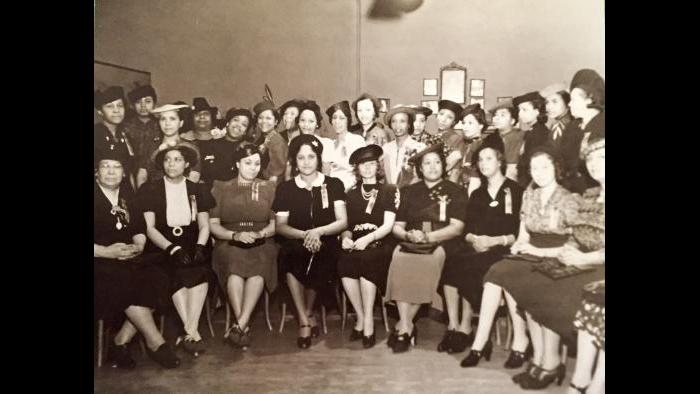 The original members of the Chicago Women's Golf Club, 1938.